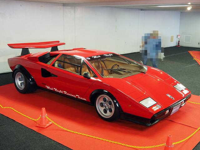 03_Lamborghini_Countach_LP500S_Wolf_Special_17.JPG