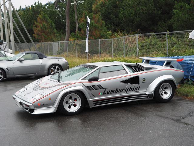 06_Lamborghini_Countach_Quattro_valvole_01.jpg