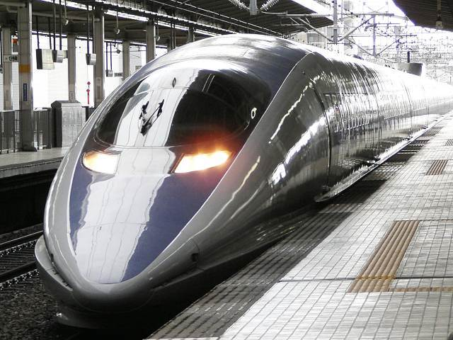 500_type_Shinkansen_09.jpg