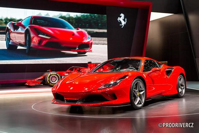 Ferrari_F8_Tributo_08.jpg