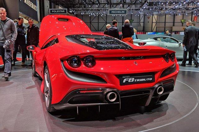 Ferrari_F8_Tributo_12.jpg