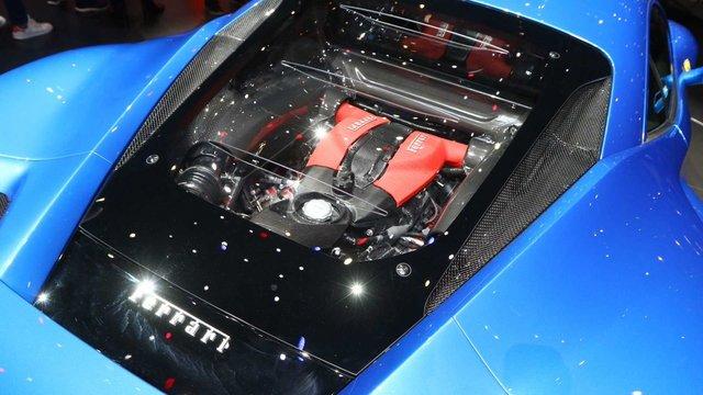 Ferrari_F8_Tributo_21.jpg
