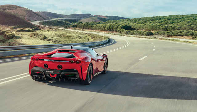 Ferrari_SF90_stradale_11.jpg