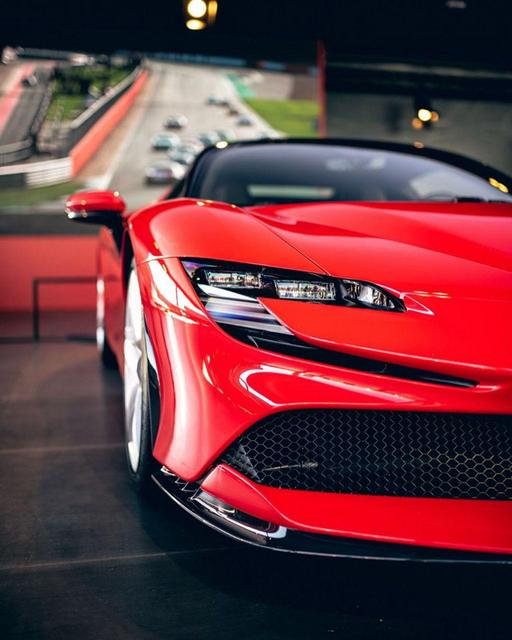 Ferrari_SF90_stradale_22.jpg