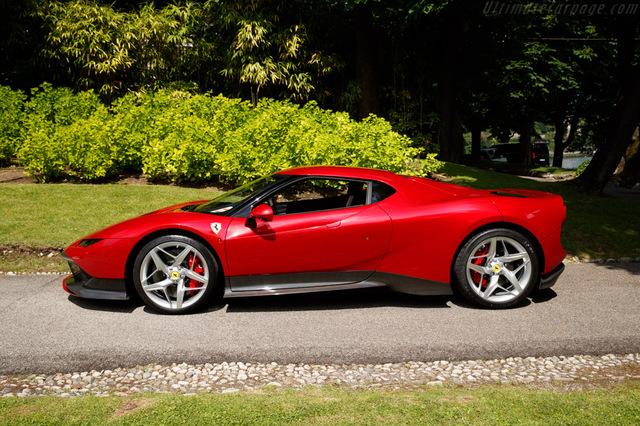 Ferrari_SP38_2018_13.jpg