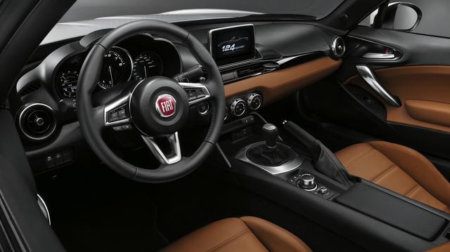 Fiat_new_124_spider_06.jpg
