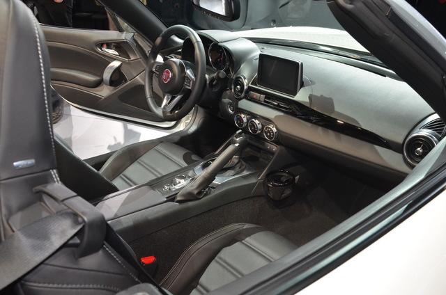 Fiat_new_124_spider_16.JPG