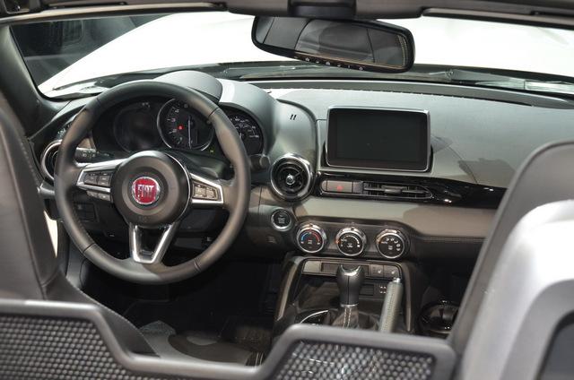 Fiat_new_124_spider_17.JPG
