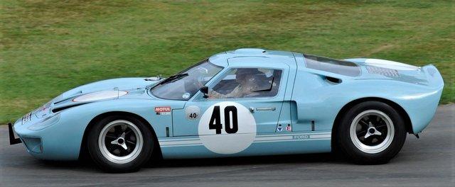 Ford_vs_Ferrari_10.jpg