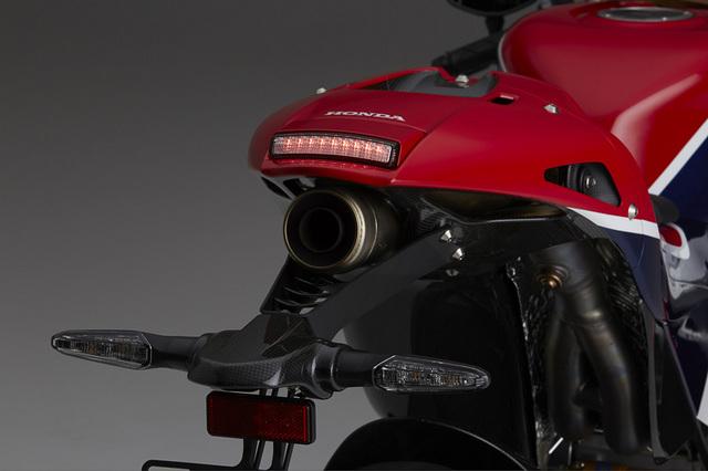 Honda_RC213V-S_05.jpg