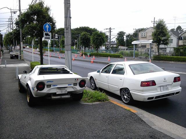 Lancia_Stratos_HF_&_Maserati_Quattroporte_02.jpg
