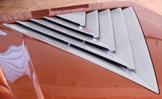 Lancia_Stratos_Zero_by_Bertone_40.jpg