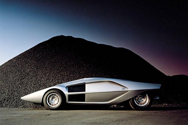Lancia_Stratos_Zero_by_Bertone_50.jpg