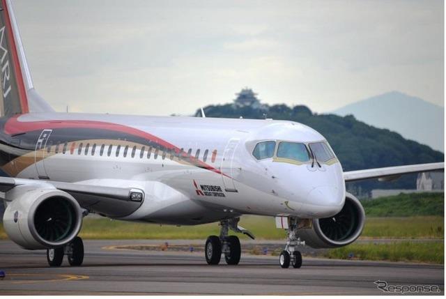 MRJ_first_test_flight_01.jpg