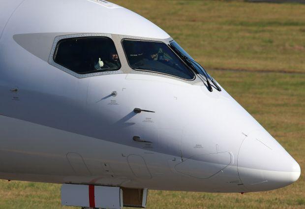 MRJ_first_test_flight_04.jpg