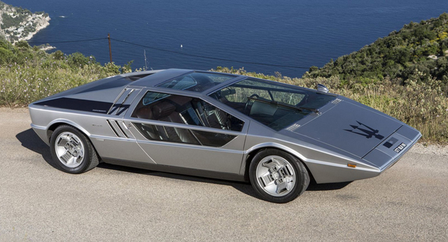 Maserati_Boomerang_for_sale_01.jpg