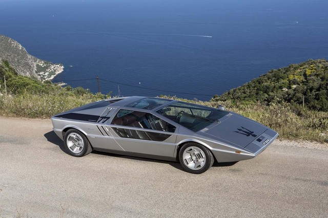 Maserati_Boomerang_for_sale_02.jpg