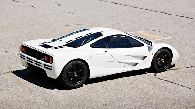 McLaren F1 white for sale_04.jpg