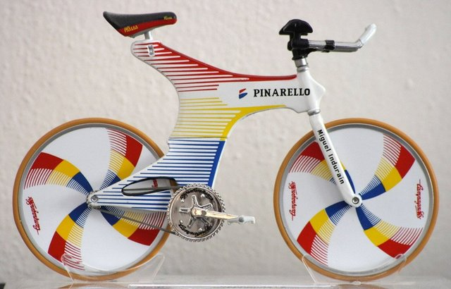 Pinarello_Espada_miniature.jpg